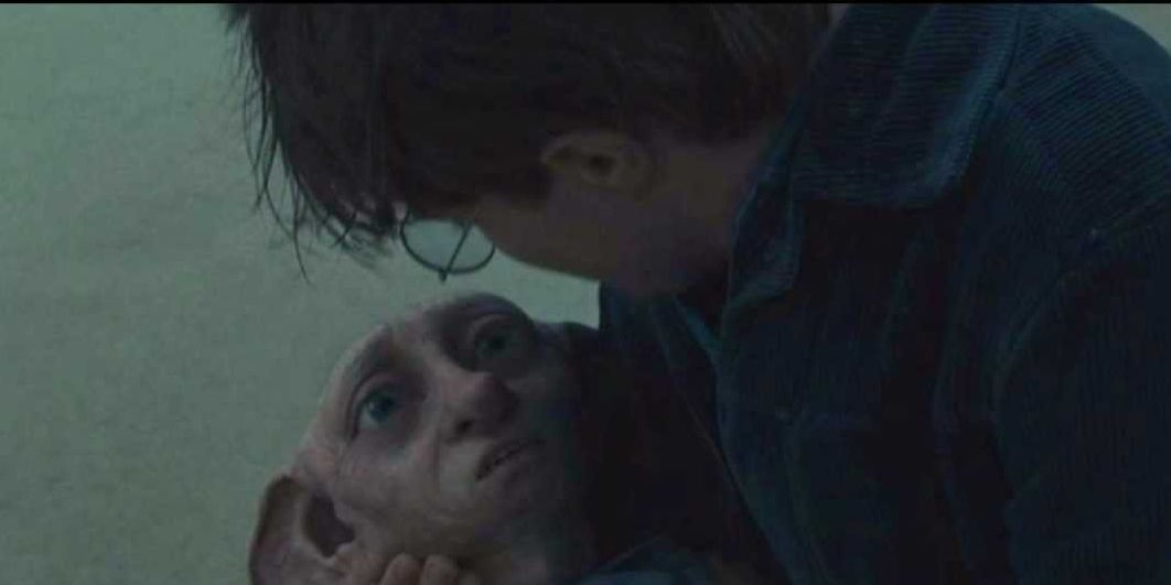 Dobby dies in Harry Potter