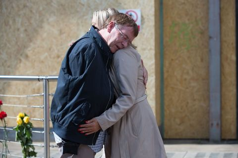 Kathy Beale continues to support Ian in EastEnders
