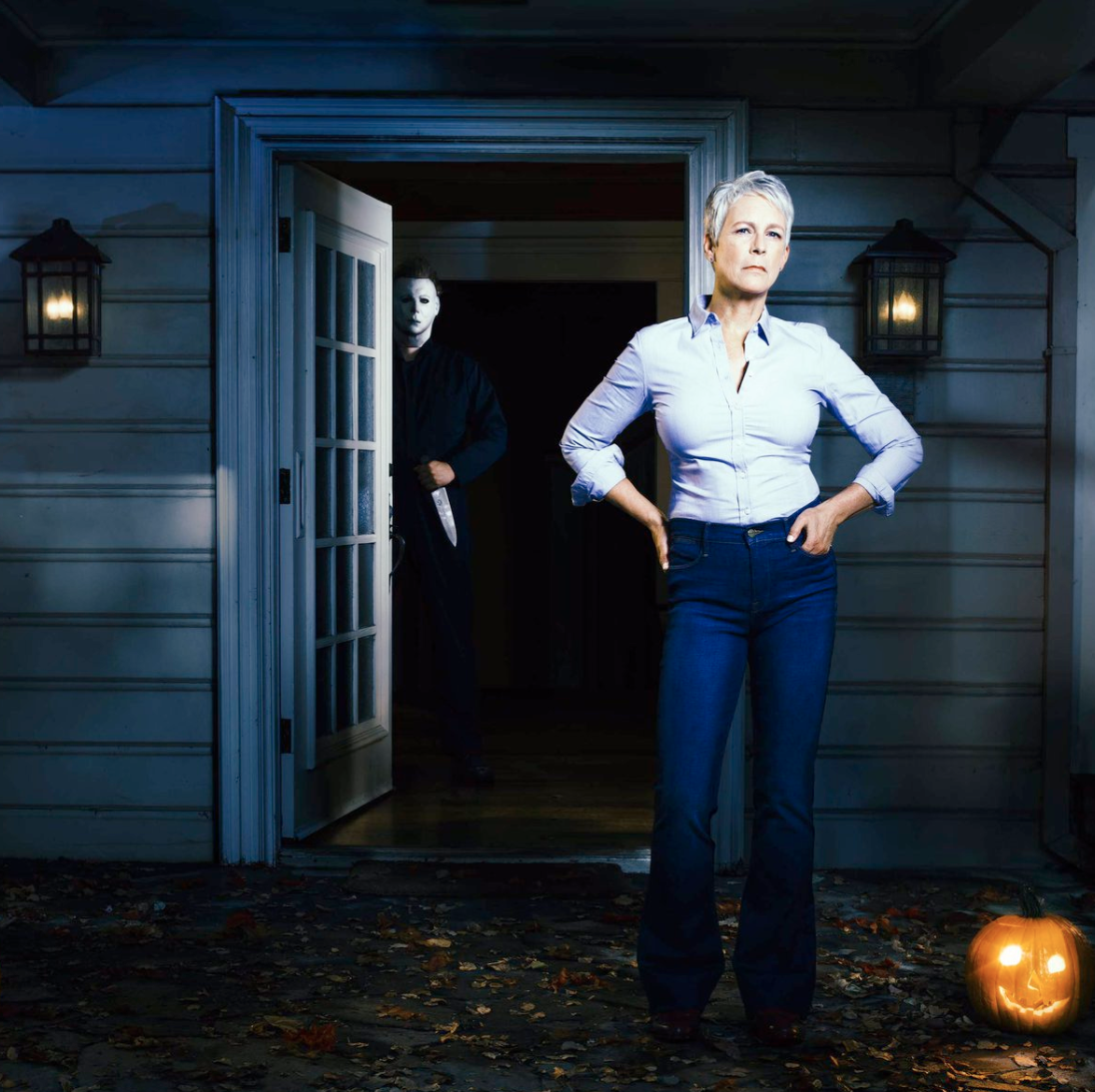 First,look at Jamie Lee Curtis as Laurie Strode in new
