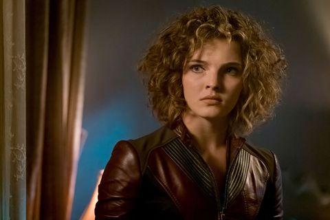 Selina in 'Gotham' s04e02