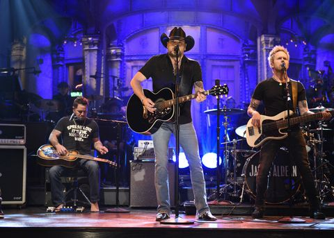 Jason Aldean performs 'I Won't Back Down' in Studio 8H on October 7, 2017