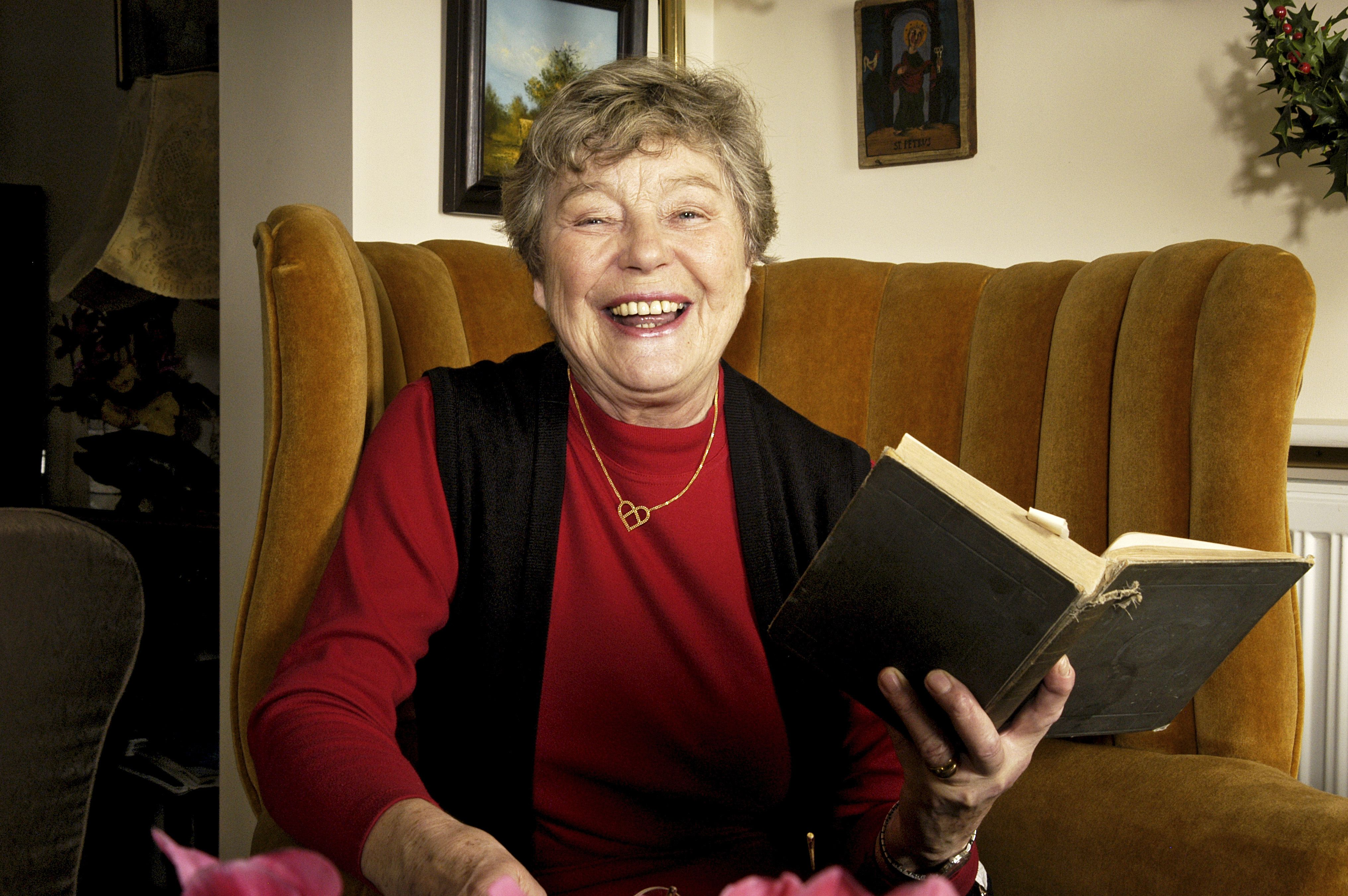 Watch Rosemary Leach video