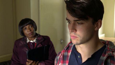 Mrs Tembe and Matt Cullen in Doctors