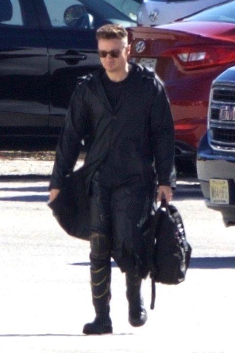 Jeremy Renner Swaps Hawkeye For Ronin In Avengers 4