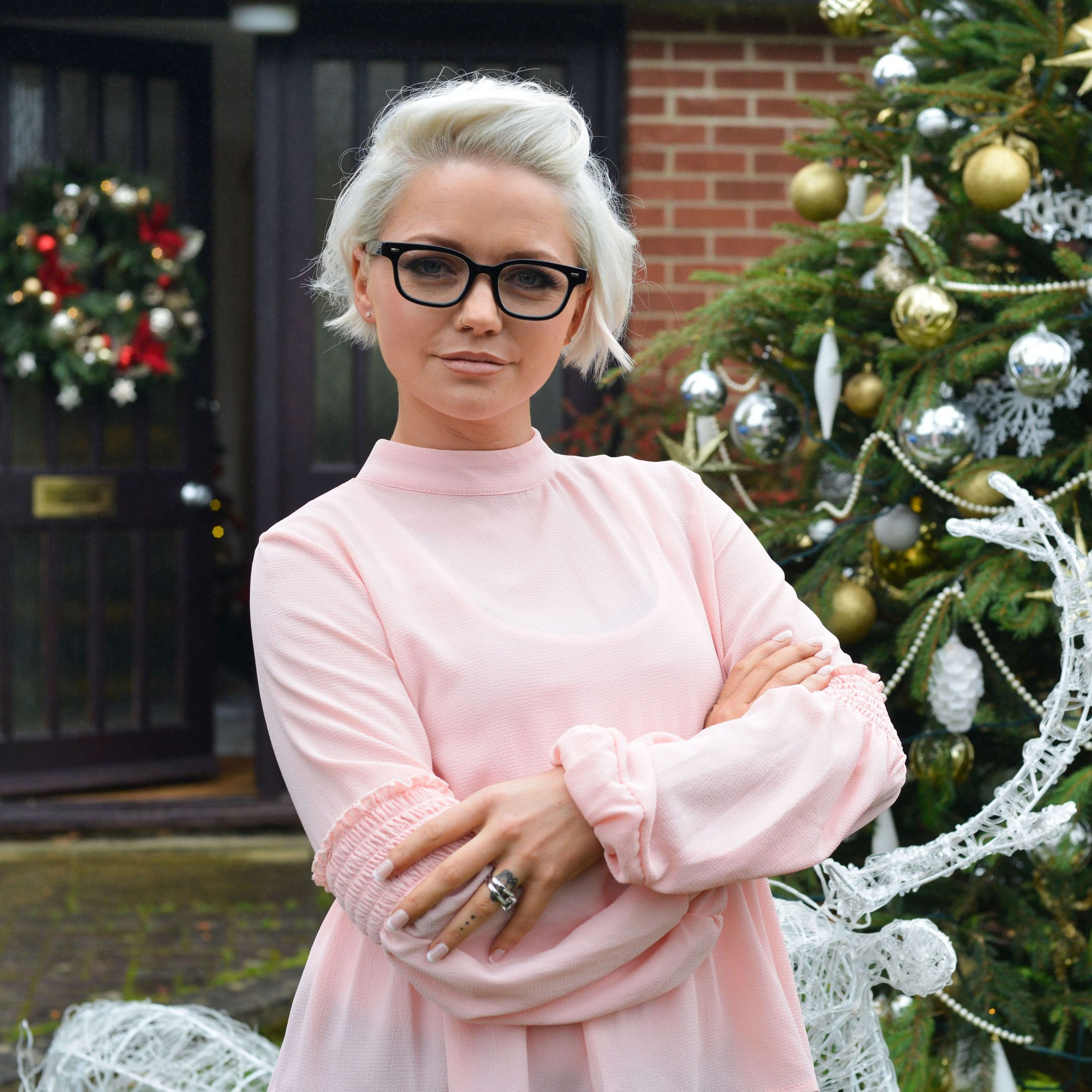 EastEnders and S Club 7 star Hannah Spearritt shares first picture of daughter Téa