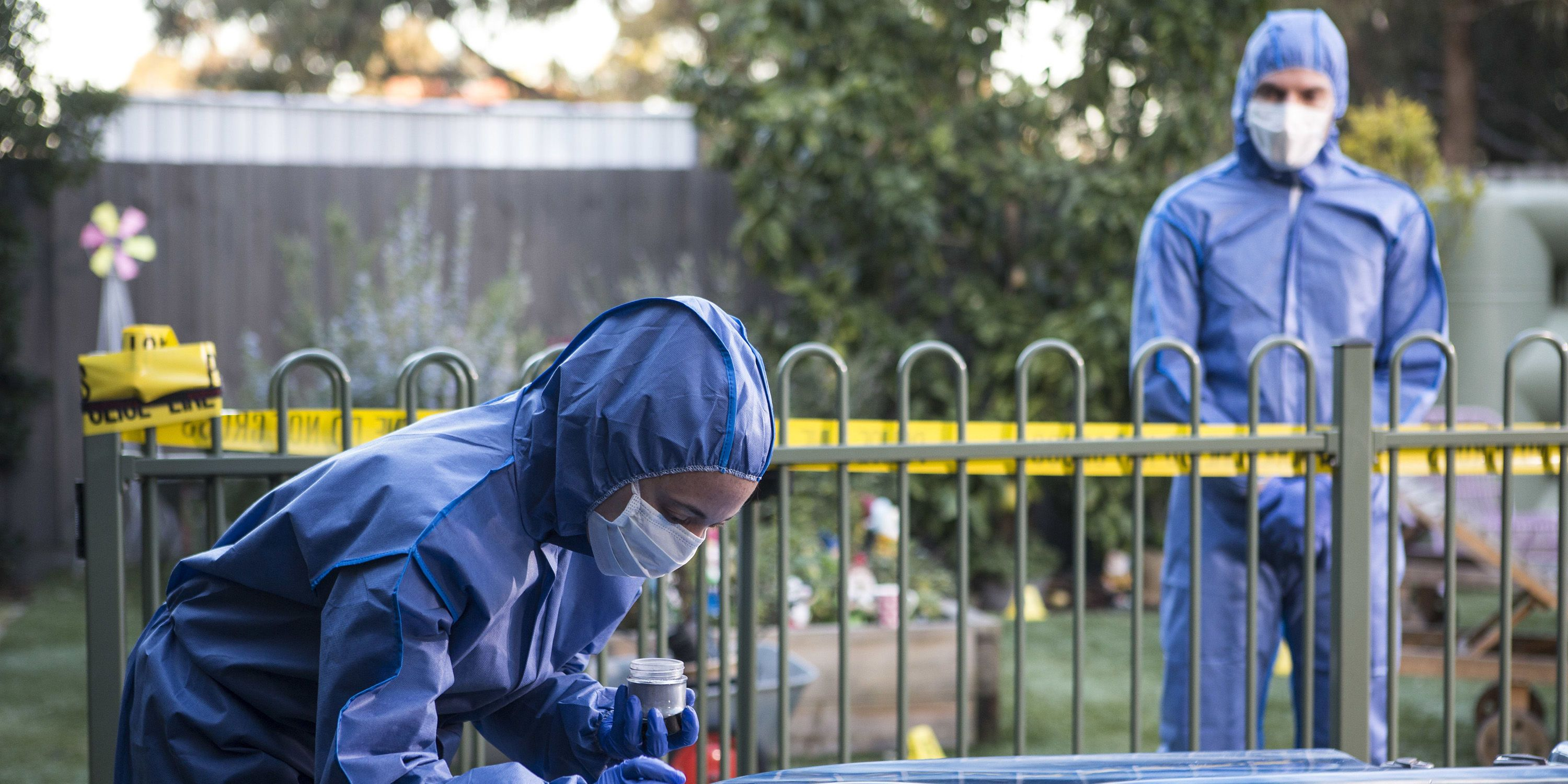 Hamish Roche's death creates a crime scene in Neighbours