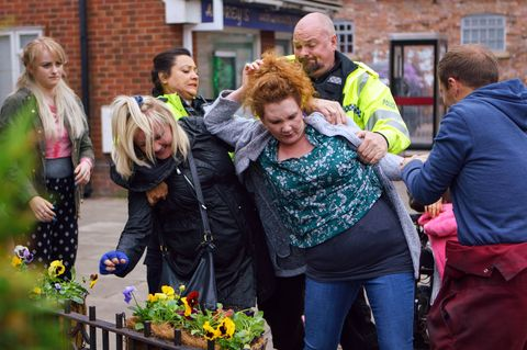 Fiz Stape and Beth Sutherland have a catfight in Coronation Street