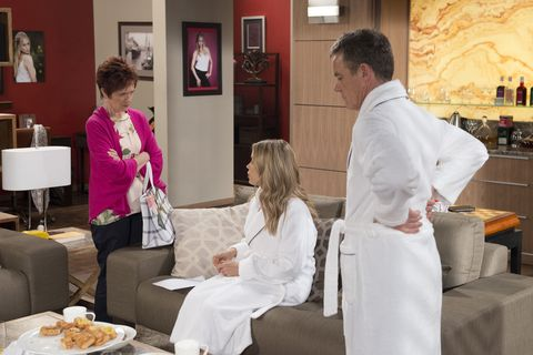 Susan Kennedy tests Paul Robinson and Courtney Grixti in Neighbours
