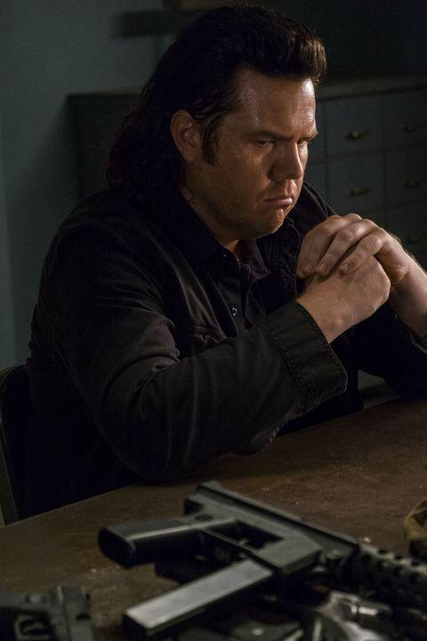 josh mcdermitt as dr eugene porter in the walking dead season 8 episode 5