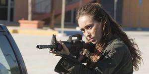 Alycia Debnam-Carey as Alicia Clark in Fear the Walking Dead season 3