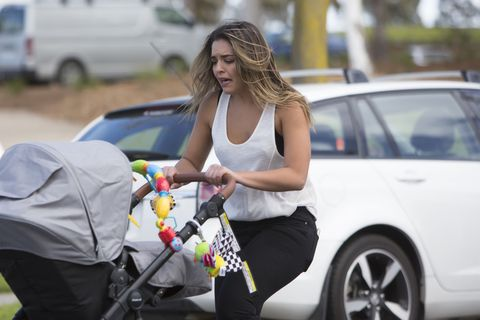 Paige Smith panics as her baby son Gabe is kidnapped in Neighbours