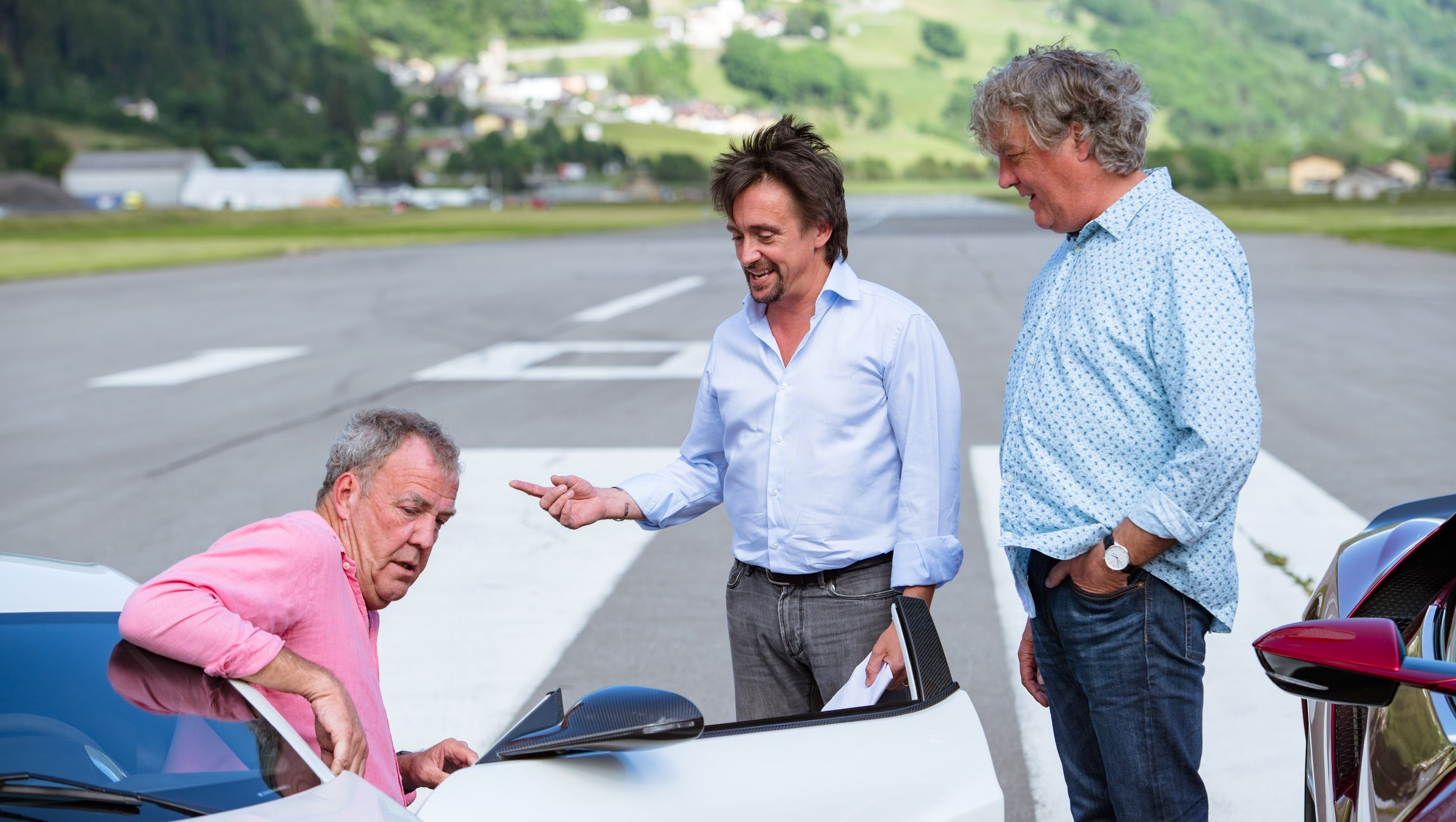 The Grand Tour game trailer lets you do Clarkson, Hammond and May's jobs