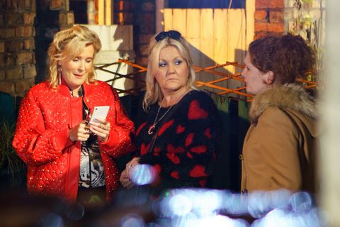Beth Sutherland and Fiz Stape clash in Coronation Street