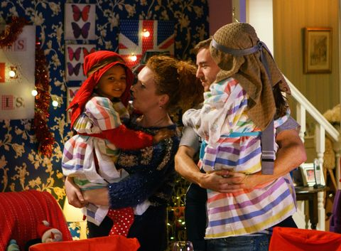 Fiz Stape gets surprised by her family in Coronation Street