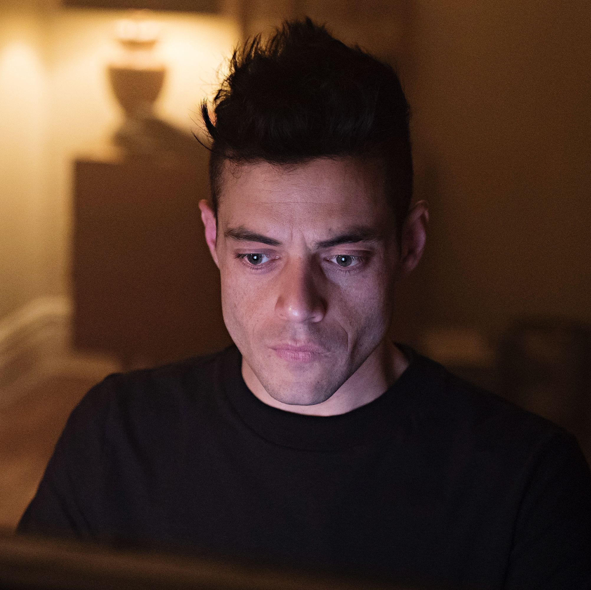 A surprise cameo in Mr Robot's final season is revealed in new season 4 filming pictures