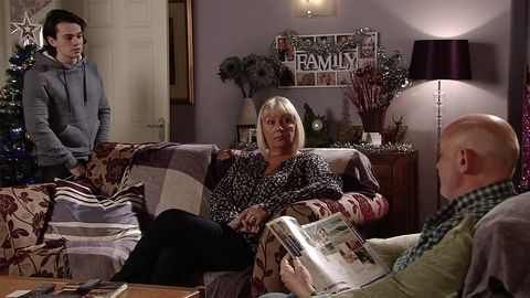 Seb Franklin has big news for Pat Phelan in Coronation Street