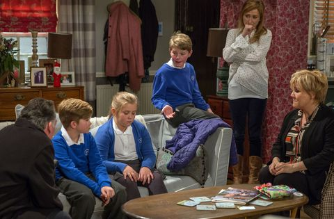 Brenda Walker deals with a tricky situation in Emmerdale