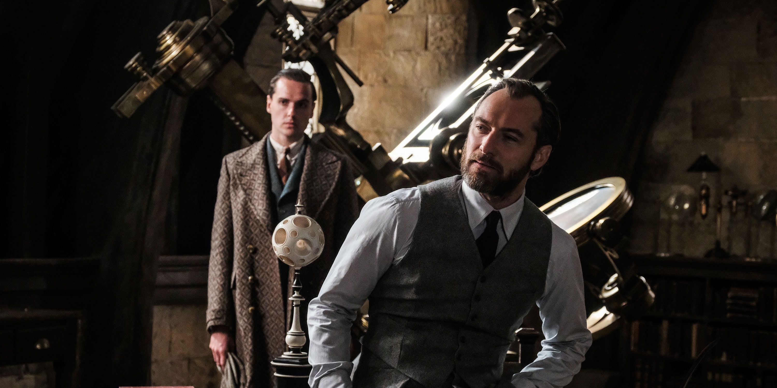 Jude Law as Albus Dumbledore, Fantastic Beasts 2, Fantastic Beasts: The Crimes of Grindelwald