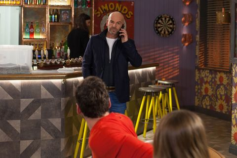Damon Kinsella's father Buster arrives in Hollyoaks