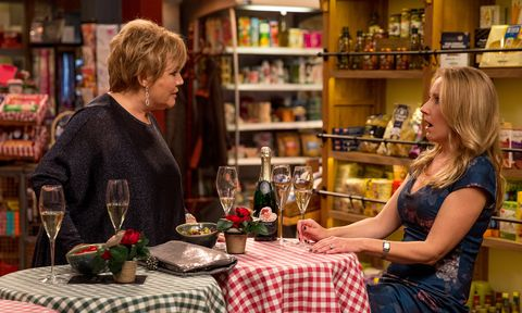 Brenda Walker confronts Fiona in Emmerdale