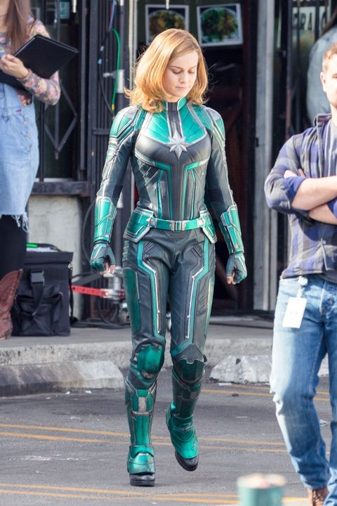Brie Larson Wears Captain Marvel S Green Costume In New Photos • brie larson , as her role for carol danvers / captain marvel wears different outfits during the movie, so if you want to dress like her in captain marvel, check out our complete guides for each costume brie larson wears captain marvel s
