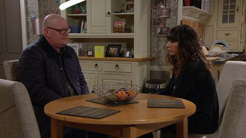 Paddy Kirk and Chas Dingle discuss her pregnancy in Emmerdale