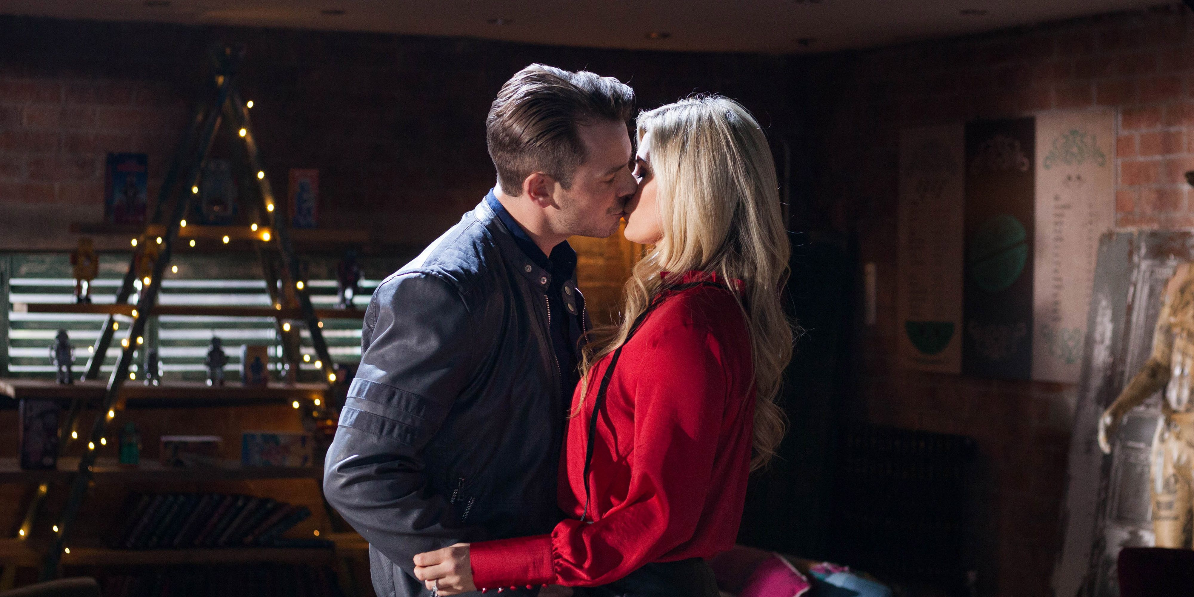 Darren Osborne and Mandy Richardson continue their affair in Hollyoaks