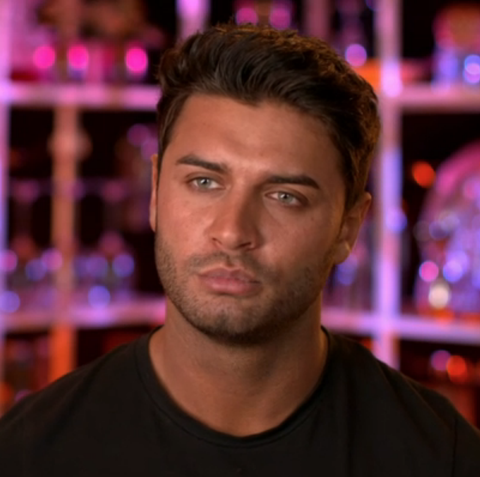 Love Island Star Mike Thalassitis S Death Is Not Being Treated As Suspicious Police Confirm
