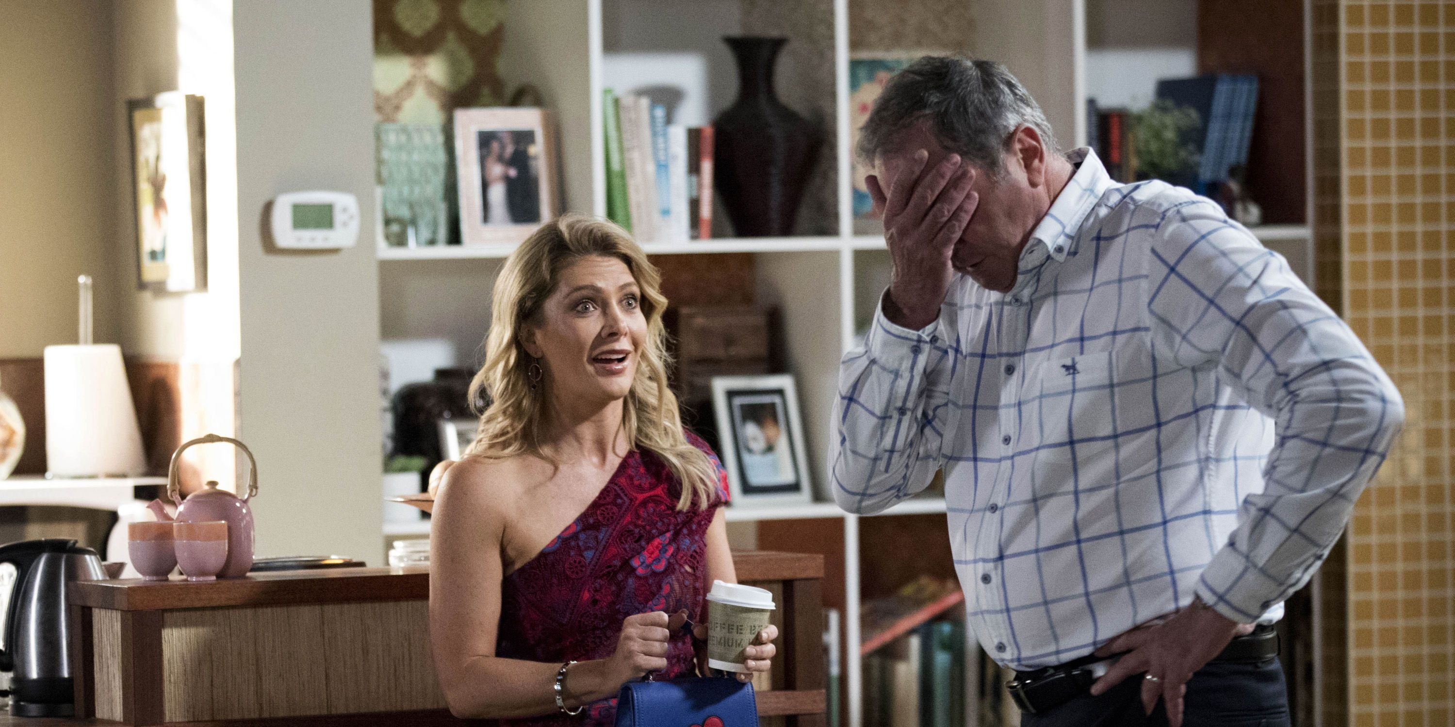 Izzy Hoyland puts Karl Kennedy under more pressure in Neighbours