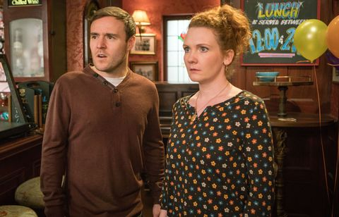 Fiz Stape and Tyrone Dobbs panic when the girls disappear in Coronation Street
