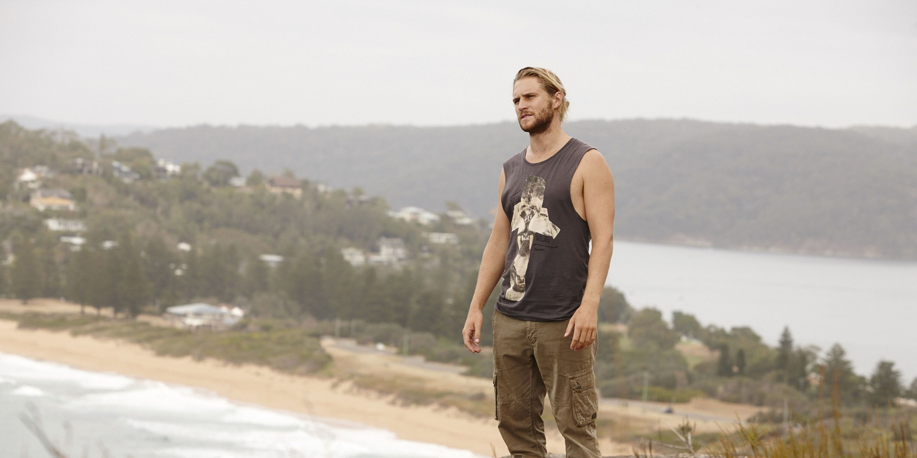 Ash and Robbo have a showdown in Home and Away