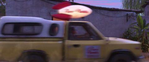 Camión Pizza Planet en Coco