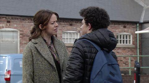 Toyah Battersby faces more suspicion from Simon Barlow in Coronation Street