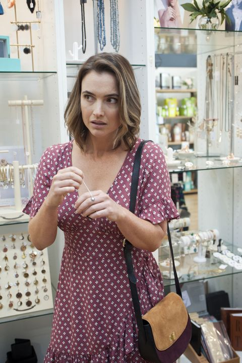 Amy Williams tries shoplifting again in Neighbours