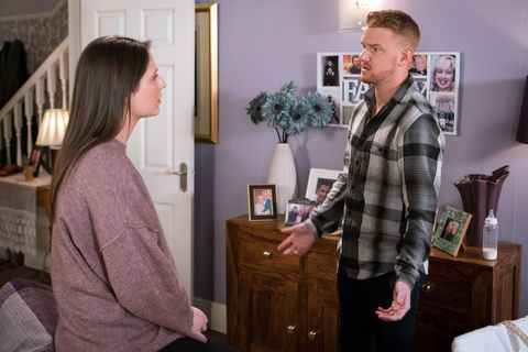 Embargo for these would be 7am Tuesday June 5 Nicola Rubinstein tells Gary Windass she's moving to Bristol with Zack in Coronation Street