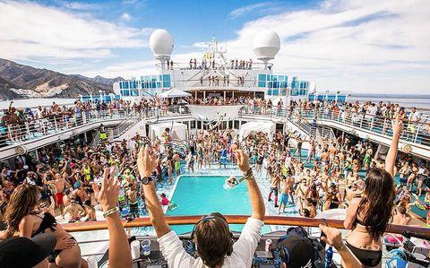 Orgie Cruise