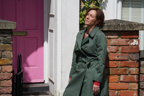 Rainie Cross continues to struggle in EastEnders