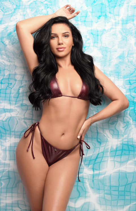 5d8bf6820b75 Love Island s newest bombshell Alexandra Cane fancies Dr Alex George – and  she has a very famous friend too.