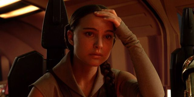 Star Wars Offers Another Explanation For Leia And Padme Plot Hole