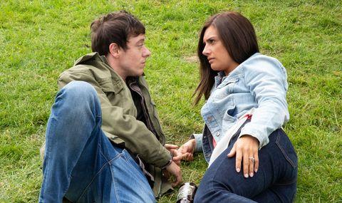 Matty and Victoria Barton bond in Emmerdale