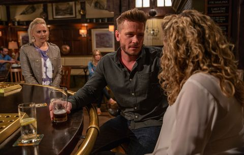 Tracy Metcalfe feels awkward when she sees David with Maya in Emmerdale