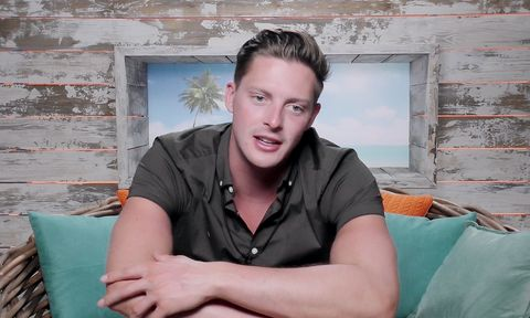 02bbfe658ccb Love Island viewers have had it with Dr Alex George after Alexandra ...