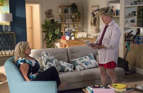 Clive Gibbons gets naked in front of Sheila Canning but Xanthe catches them in Neighbours