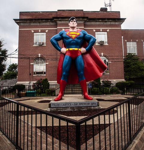 Superman statue in the Illinois city of Metropolis