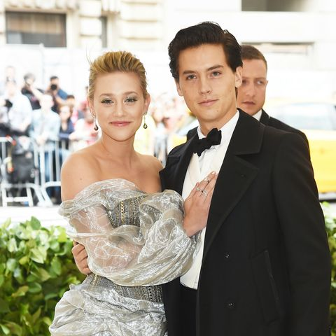 are betty and jughead dating in real life