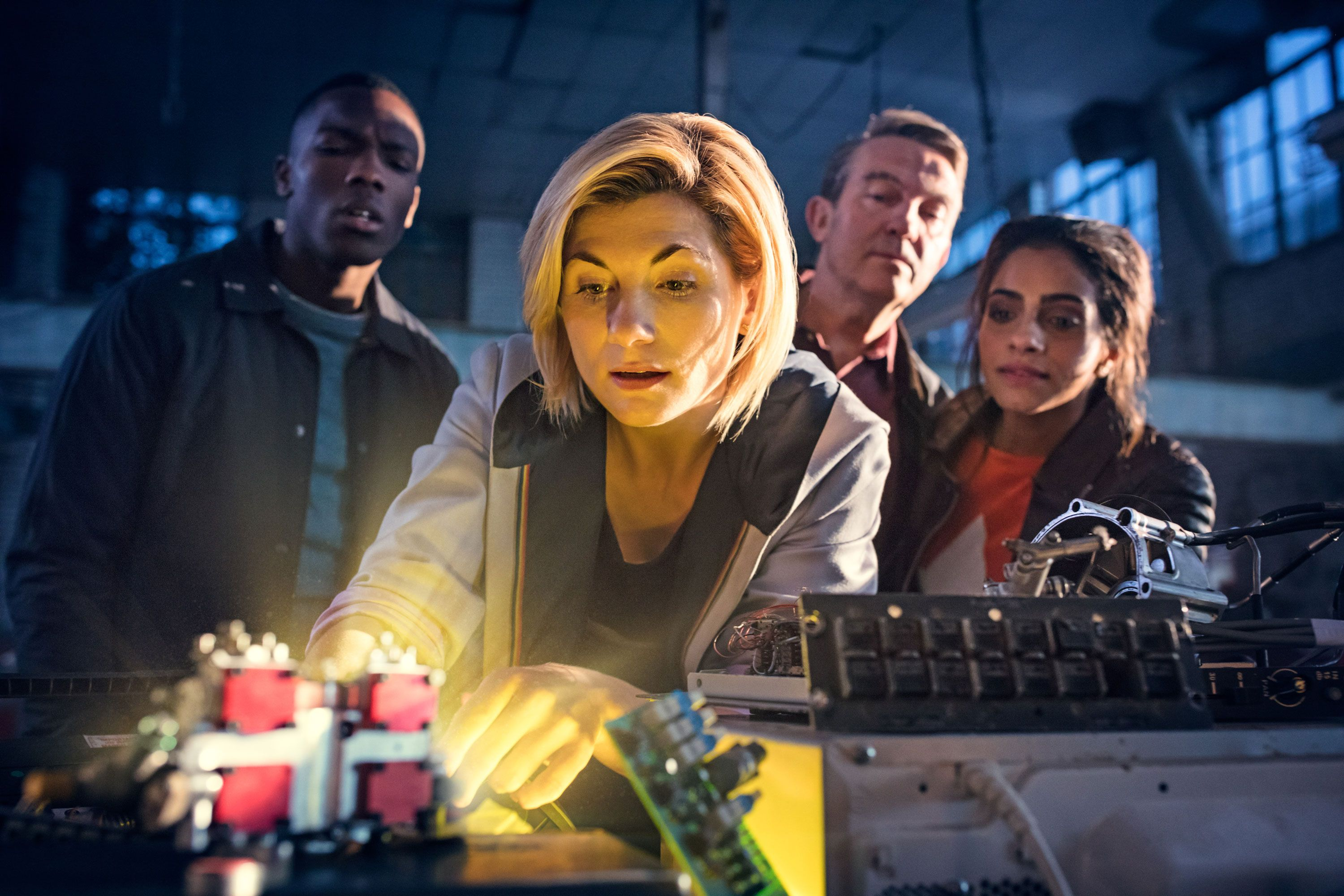 Doctor Who Season 11 Photos Every Jodie Whittaker And Chris