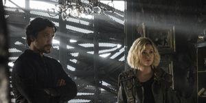Bellamy (Bob Morley) and Clarke (Eliza Taylor) in The 100 season 5