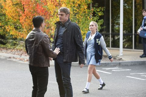 Gary Canning confronts a man who's been following Xanthe in Neighbours