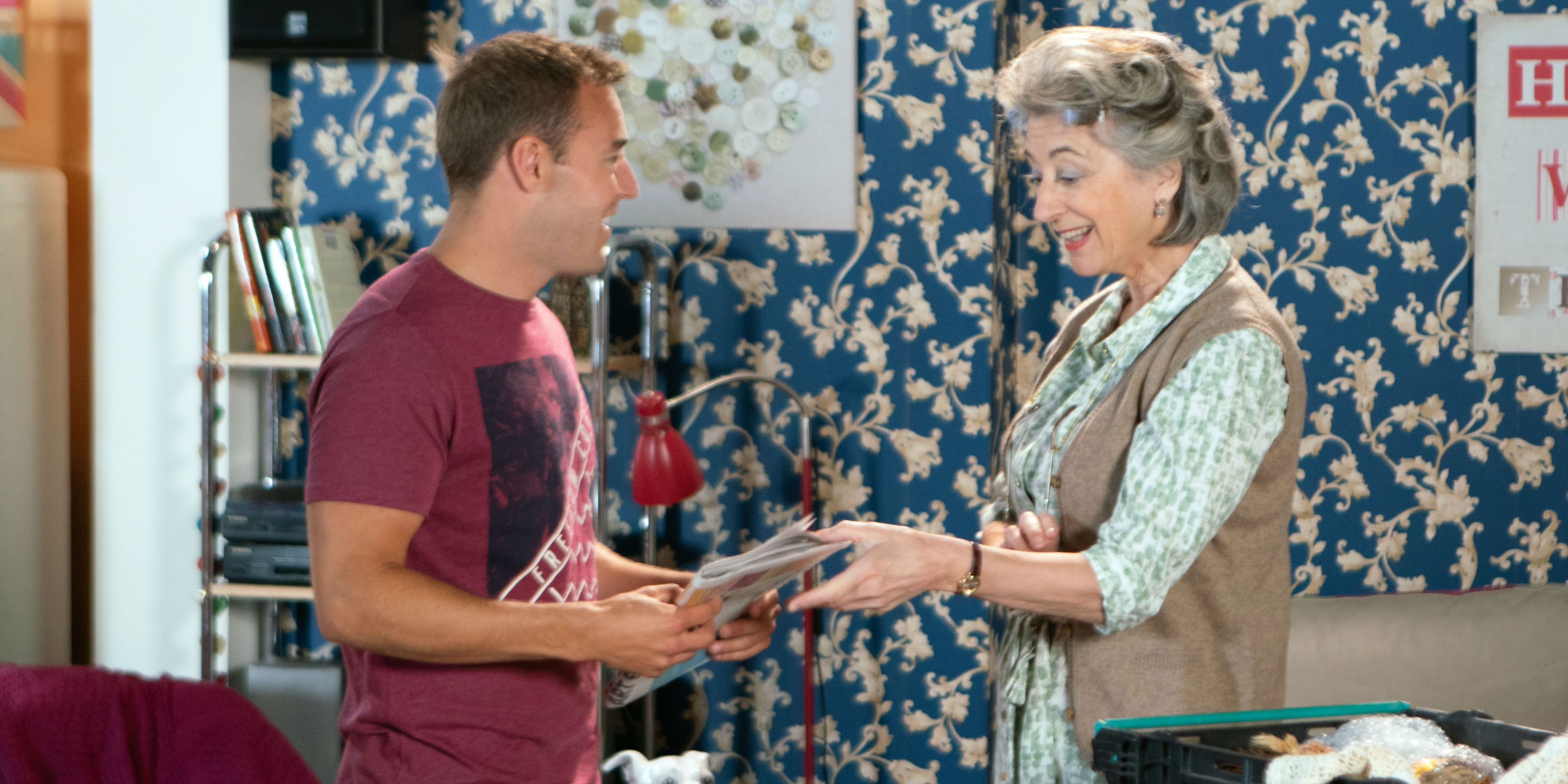 Tyrone Dobbs starts to wonder if Evelyn Plummer will stay in Coronation Street