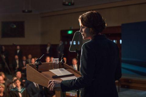 Keeley Hawes in Bodyguard 1x03